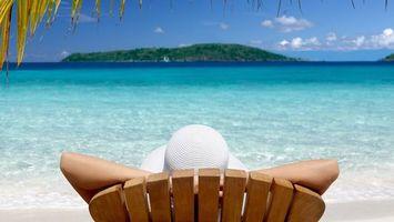 Бесплатные фото отдых,остров,пляж,море,загар,кресло,девушка