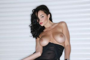 Заставки Jenya D, Евгения Диордийчук, красотка, голая, голая девушка, обнаженная девушка, позы, поза, сексуальная девушка, эротика