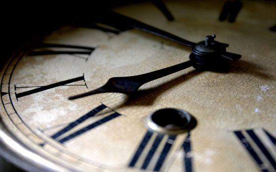 Заставки часы, циферблат, цифры римские, стрелки, время