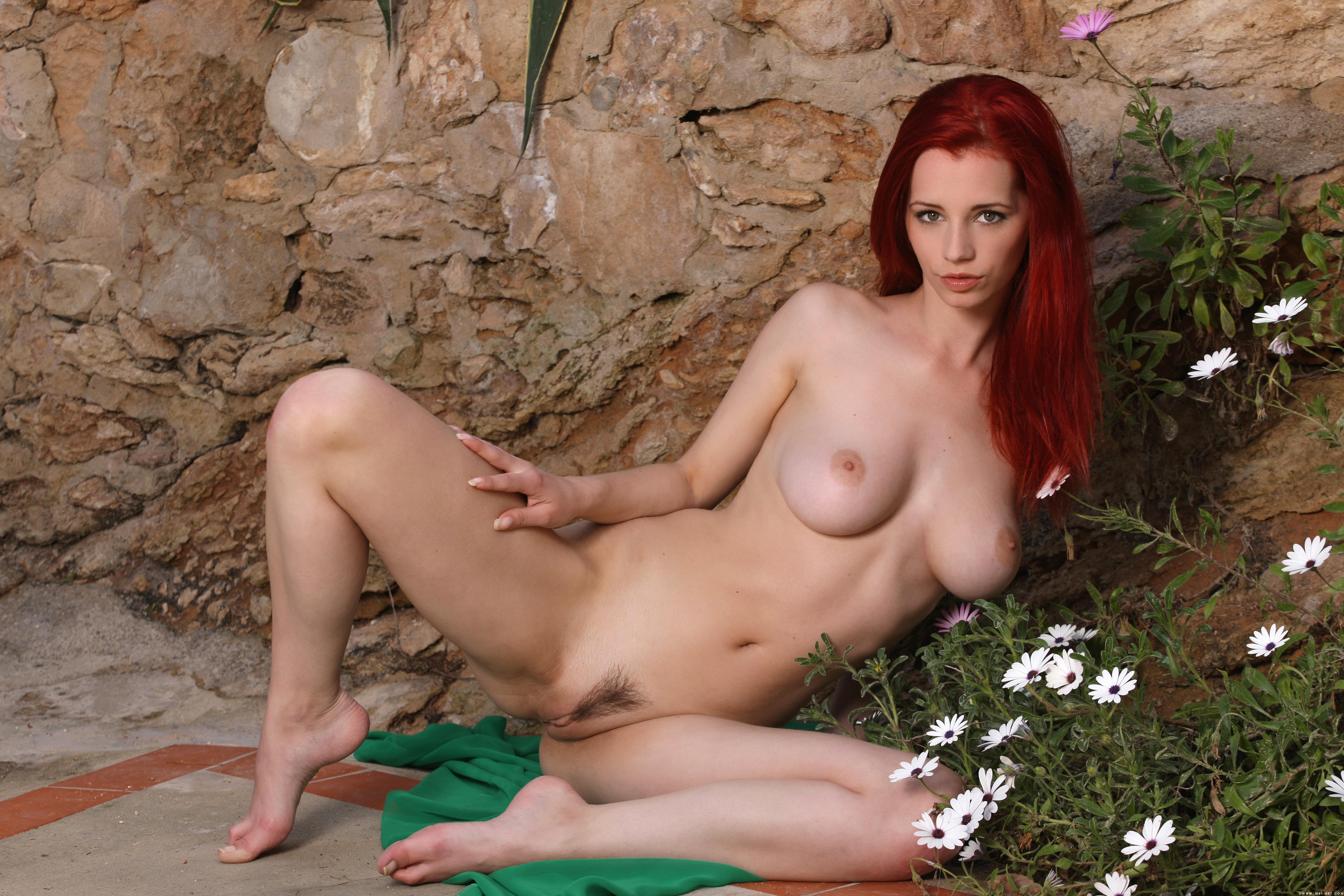 Фото голая ариэль видео, порно-культуристки борются с мужиками