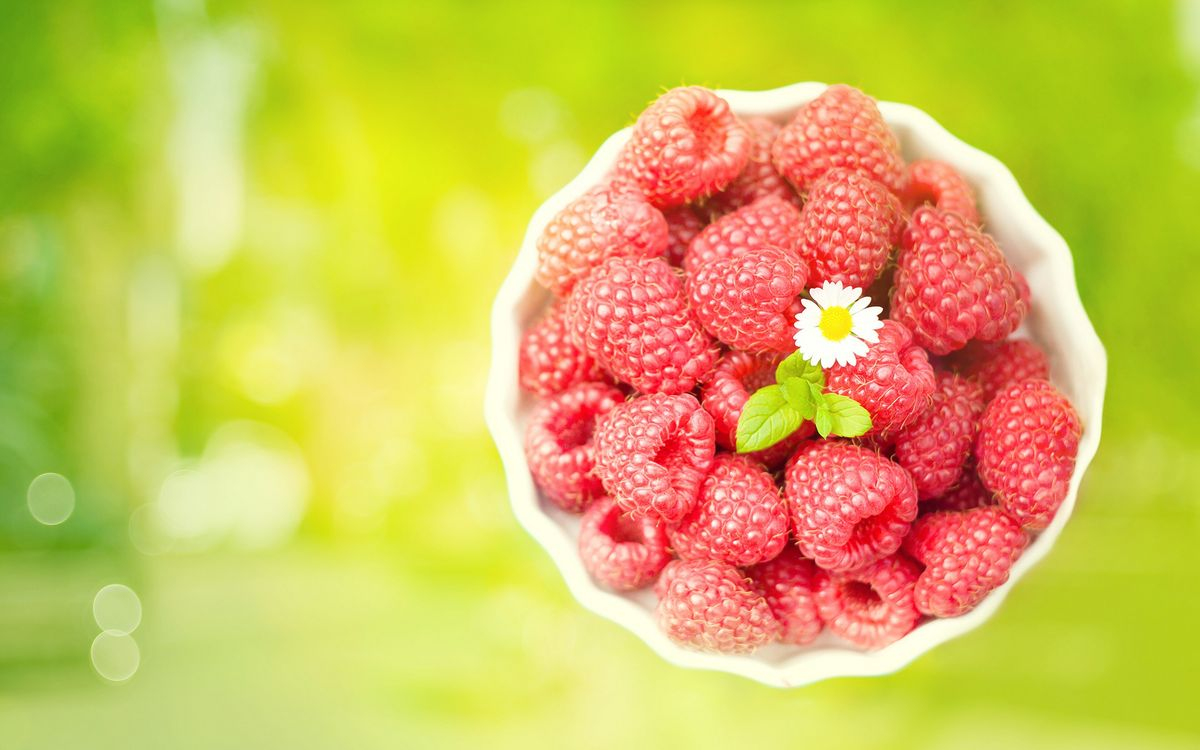 Photos for free raspberry, leaves, flower - to the desktop