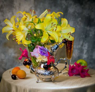 Фото бесплатно натюрморт, цветы, фрукты