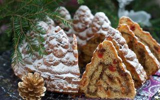 Фото бесплатно кекс, десерт, начинка, шишка, ветки ели