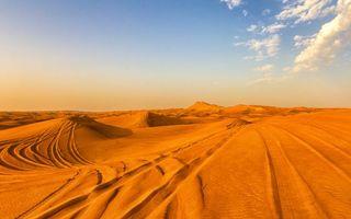 Фото бесплатно пустыня, песок, дюны, барханы, следы, небо, облака