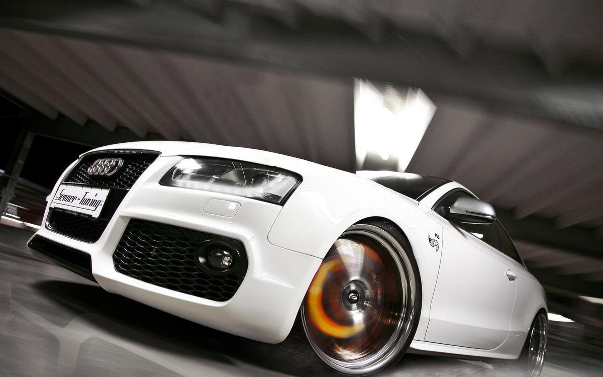 Фото бесплатно ауди, белая, фары, решетка, диски, скорость, машины
