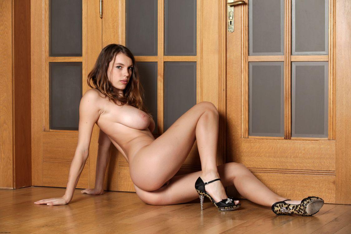 Фото бесплатно Samantha L, Domenica, Pavla A, Samanta, красотка, голая, голая девушка, обнаженная девушка, позы, поза, сексуальная девушка, эротика, эротика
