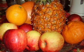 Фото бесплатно фрукты, яблоки, ананас, мандарины, грейпфрут