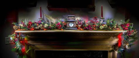Фото бесплатно камин, часы, свечи
