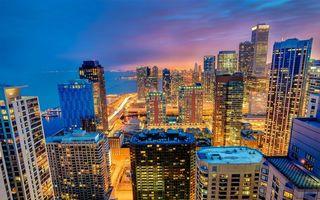Бесплатные фото вечер,дома,здания,высотки,крыши,улицы,фонари