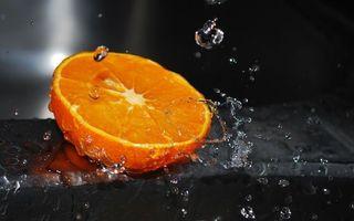 Бесплатные фото фрукт,апельсин,срез,вода,капли,брызги