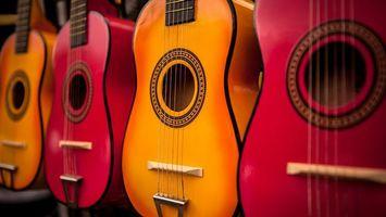 Заставки разноцветные гитары, струны, музыка