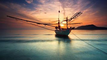 Заставки море, лодка, мачты