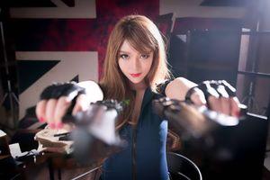 Бесплатные фото девушка,красотка,оружие,стиль,азиатка
