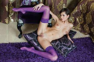 Бесплатные фото Irina B,красотка,голая,голая девушка,обнаженная девушка,позы,поза