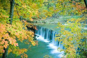 Фото бесплатно река, водопад, осень