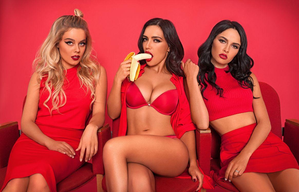Секс группой смотреть онлайн бесплатно и без регистрации, Групповое порно онлайн, групповой секс и оргии 17 фотография