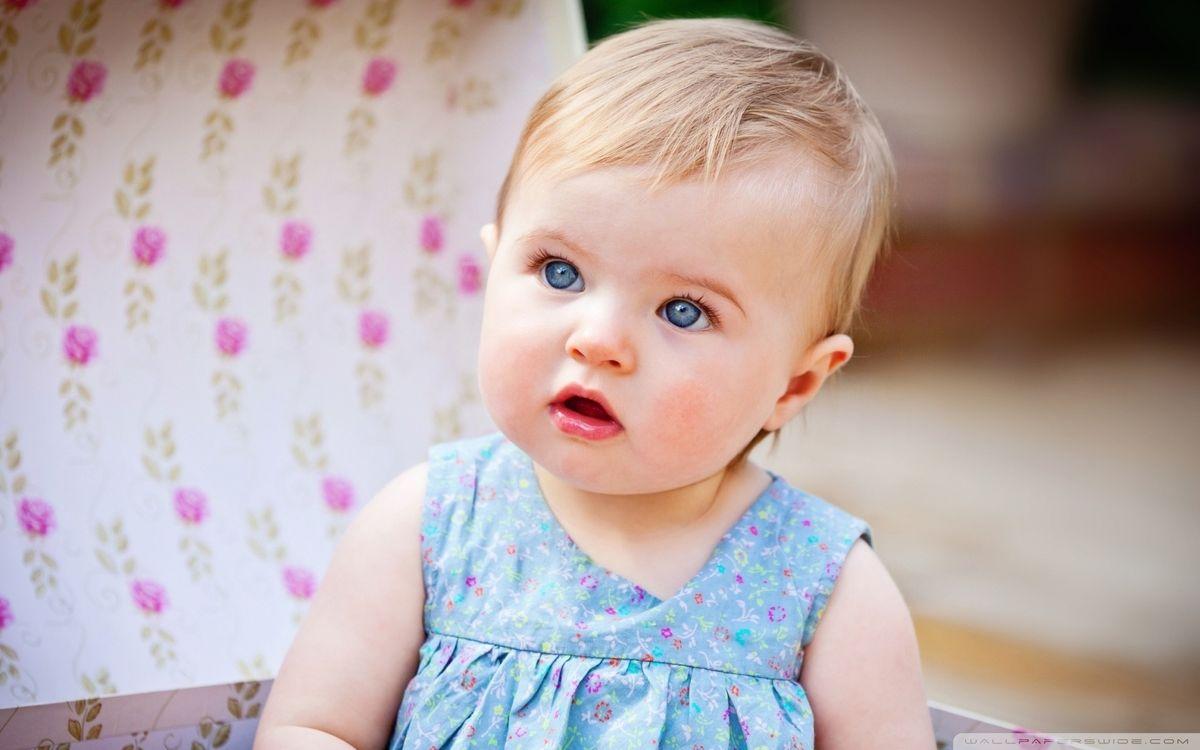 Фото бесплатно ребенок, малышка, девочка, глаза, платье, голубые, разное