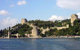 Фото бесплатно море, побережье, стены, крепость, башни, дома, деревья