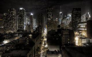 Бесплатные фото ночь,дома,здания,небоскребы,улица,автомобили,огни