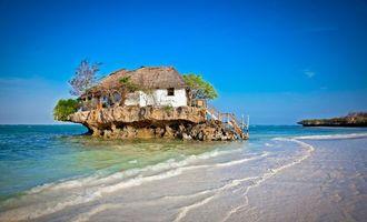 Заставки море, остров, скалы, волны, домик, пейзаж