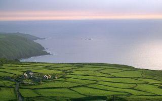 Фото бесплатно поберкжье, поля, дорога, имение, ферма, море, горизонт, небо