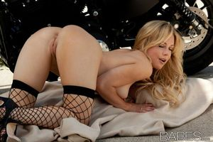 Бесплатные фото Kayden Kross,красотка,девушка,голая,голая девушка,обнаженная девушка,позы