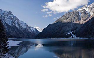Бесплатные фото зима,озеро,лед,снег,горы,деревья,небо