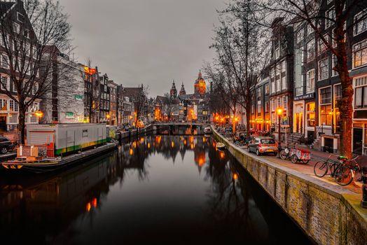 Фото бесплатно Амстердам, Голландия, расположен в провинции Северная Голландия