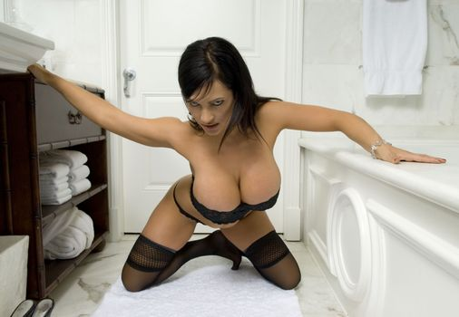 Photo free Denise Milani, boobs, brunette