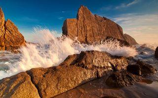 Фото бесплатно брызги, волны, скалы