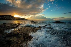 Фото бесплатно пейзаж, брызги, волны