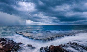 Бесплатные фото закат, море, камни, скалы, берег, пейзаж, молния