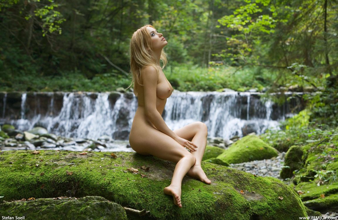 Фото бесплатно Natalia Shilova, Lia A, Lia May, модель, эротика, красотка, девушка, голая, голая девушка, обнаженная девушка, позы, поза, эротика