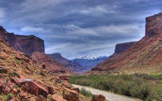 Бесплатные фото горы,скалы,камни,трава,дорога,горизонт,вершины