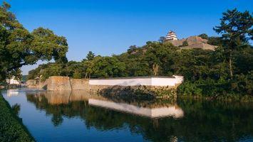 Бесплатные фото Японский замок,берег реки
