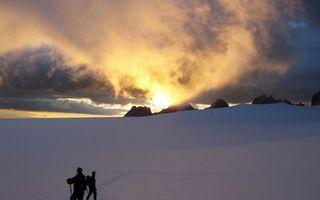 Фото бесплатно горы, снег, альпинисты
