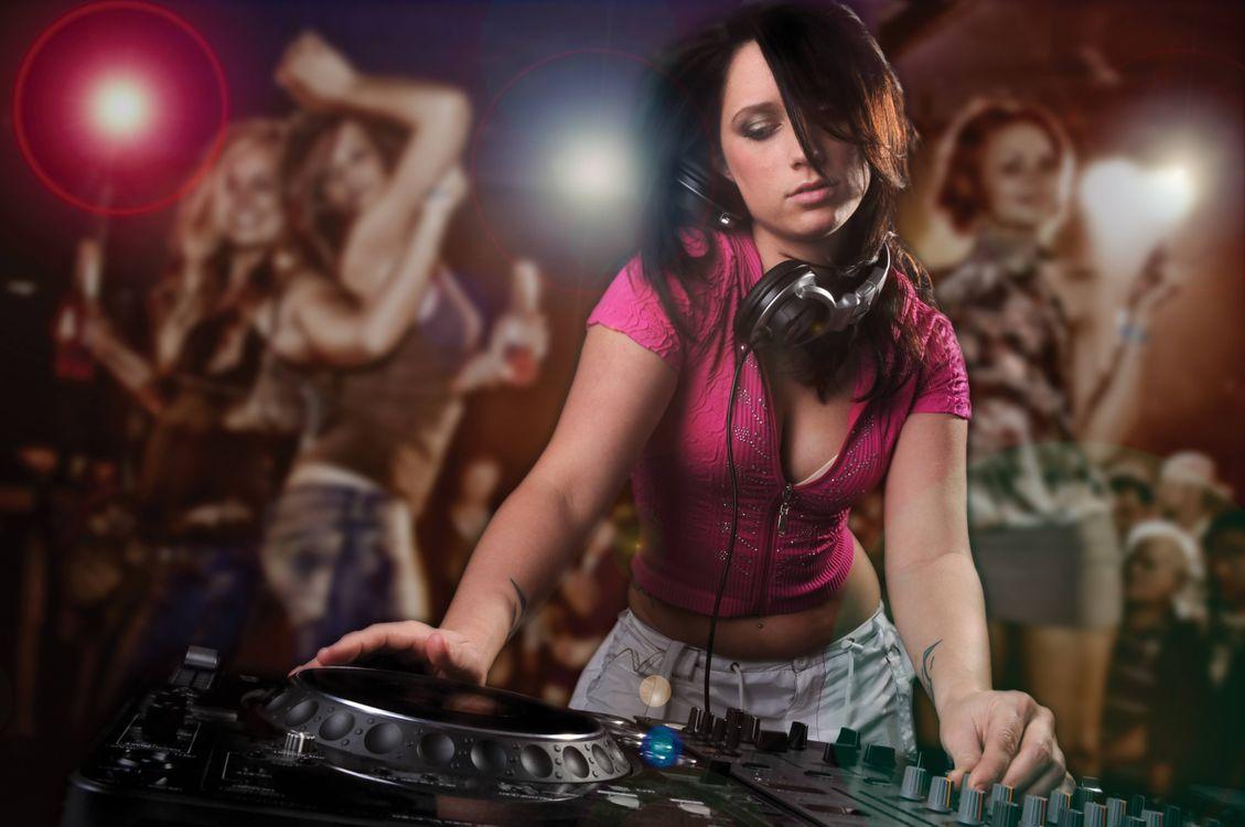 Фото бесплатно музыка, девушка, девушка диджей - на рабочий стол
