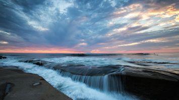 Бесплатные фото закат, море, берег, водопад, скалы, пейзаж