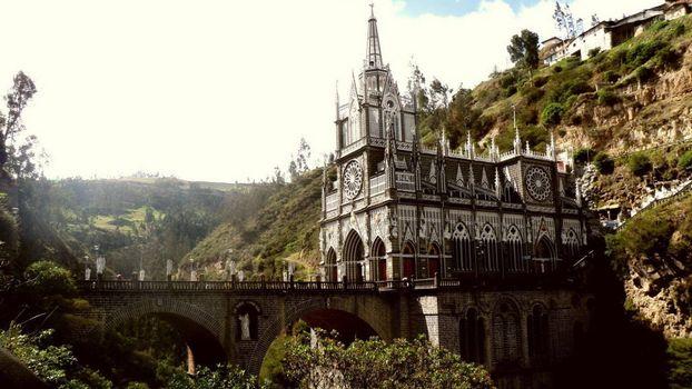 Фото бесплатно замок, мост, ущелье