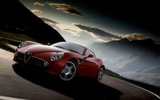 Бесплатные фото альфа ромео,красная,фары,решетка,дорога,скорость
