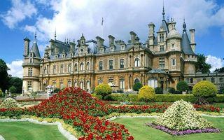 Бесплатные фото замок,башни,шпили,ландшафтный дизайн,кустарник,цветы