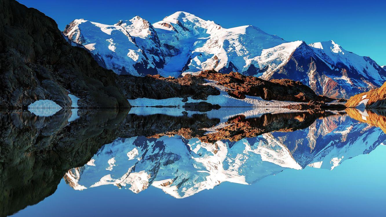 Фото бесплатно озеро в горах, отражение гор, небо - на рабочий стол