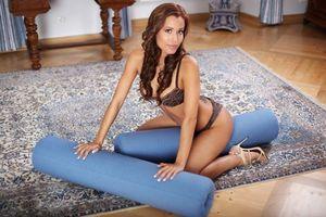 Бесплатные фото Satin Bloom,Lucie B,девушка,модель,красотка