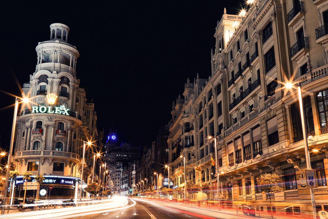 Испания город ночью фотографии