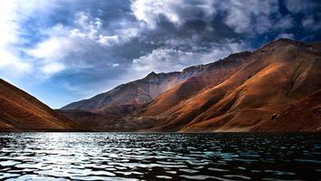 Бесплатные фото озеро, берег, горы, небо, облака