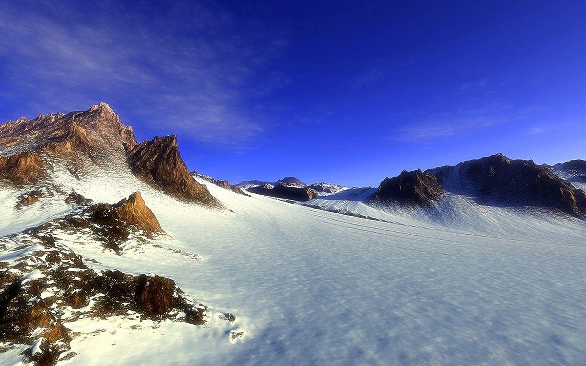 Фото бесплатно горы, вершины, снег, сугробы, небо, облака, природа