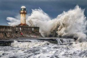Фото бесплатно море, маяк, шторм