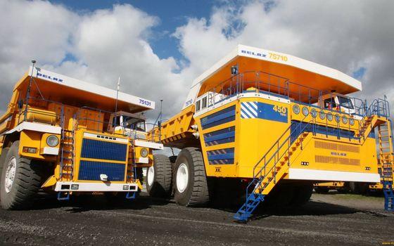 Photo free belaz, quarry dump trucks, special machinery