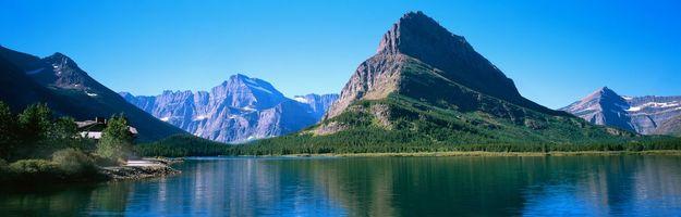 Заставки горы,озеро,деревья,скала,лето,синее,небо