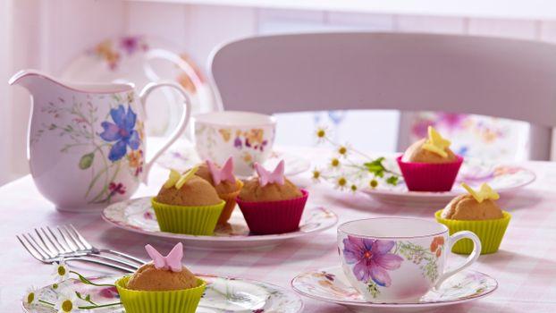 Фото бесплатно стол, скатерть, посуда